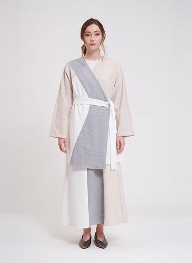 Mizalle Kimono Ekru